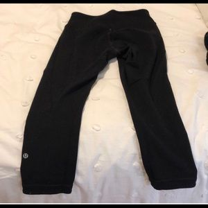 LuLulemon WonderUnder Reversible Crop Leggings